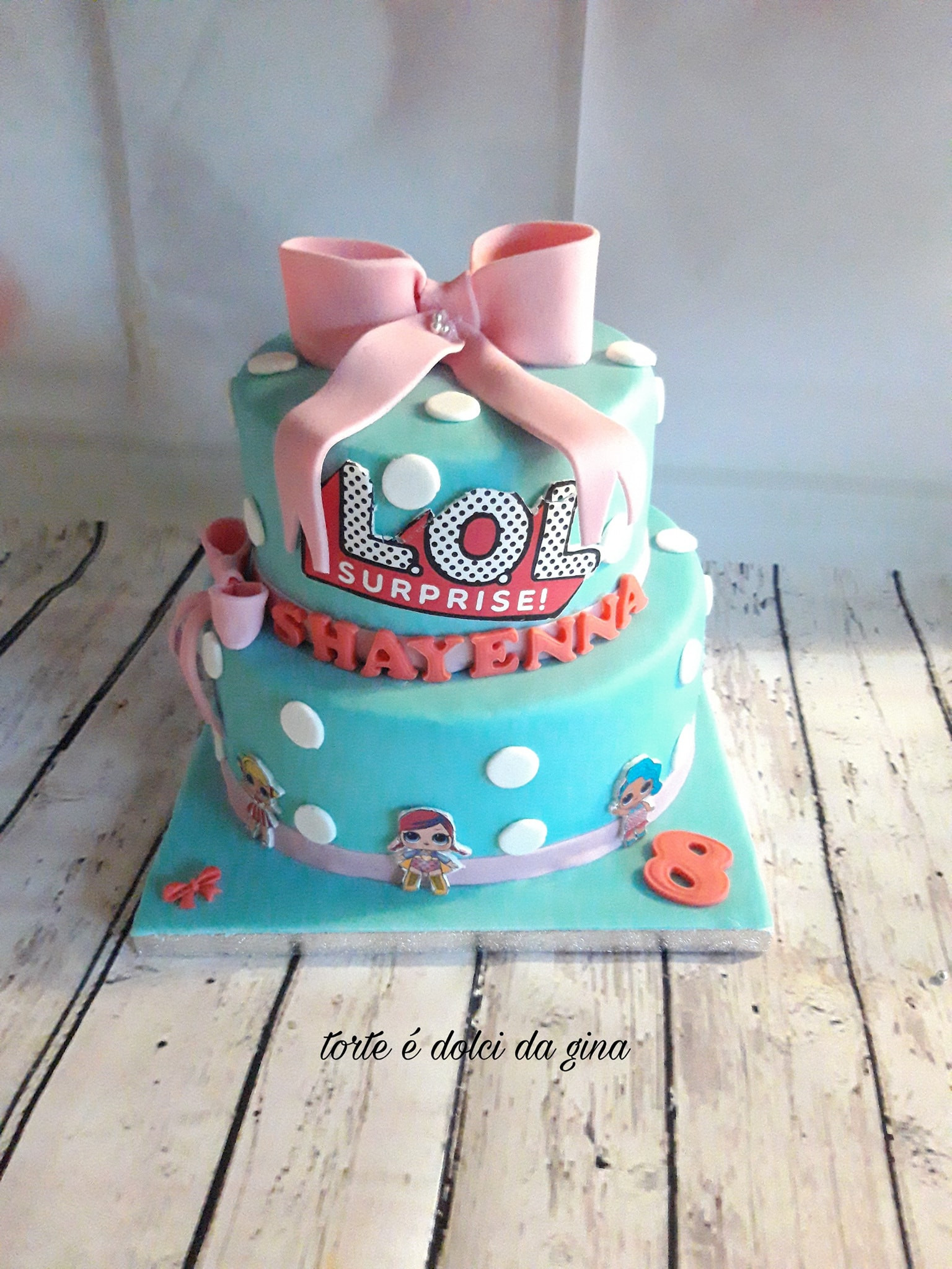 L.O.L  taart