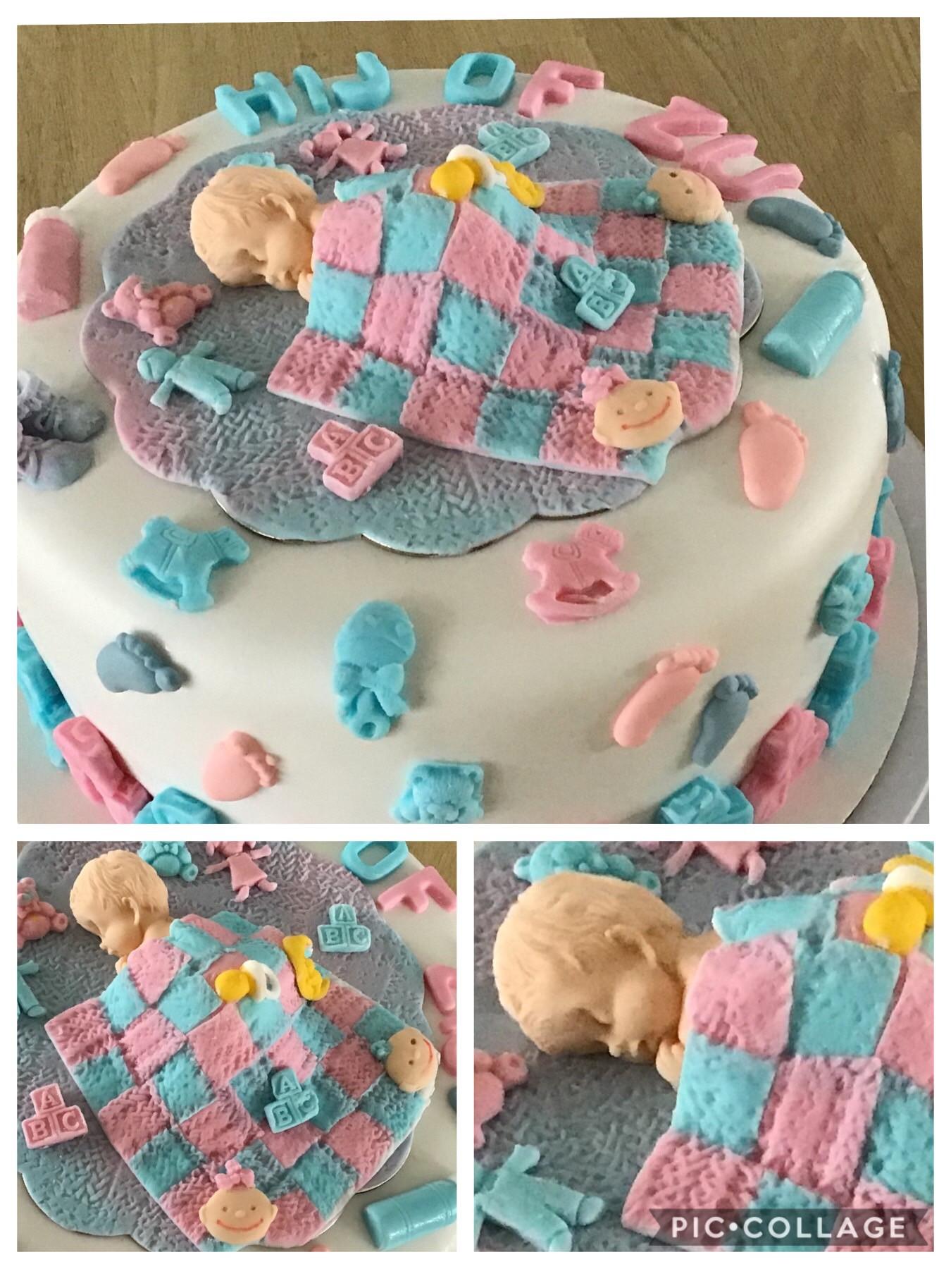 Baby reveal taart